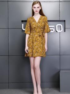 依然秀17夏时尚新款碎花连衣裙