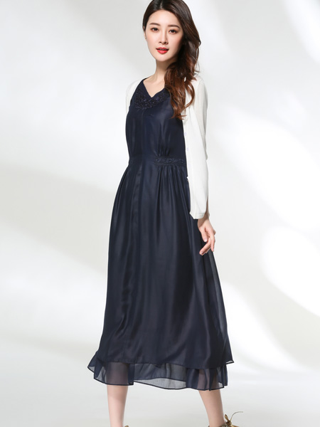 适时雅集17夏新款时尚连衣裙