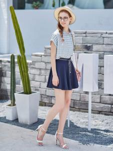 阿莱贝琳2017新款纯色短裙