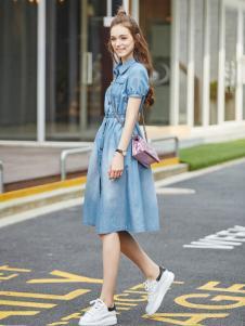 阿莱贝琳2017新款短袖牛仔连衣裙