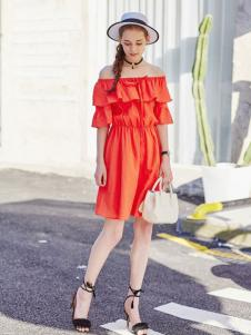 阿莱贝琳2017新款一字肩连衣裙