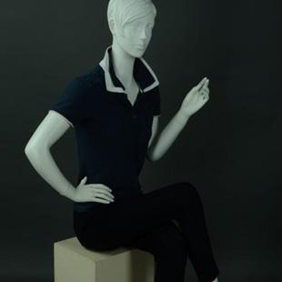 美亚展示服装各类模特、货架供应 厂家直销!