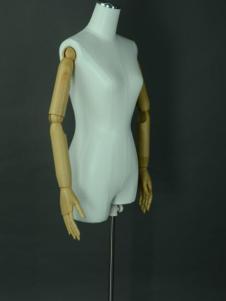 美亚展示新款女时尚半身模特
