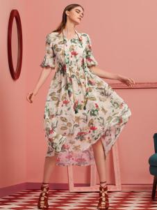 D2M女装连衣裙