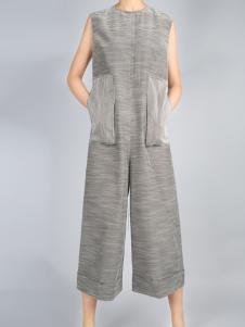 零时尚买手品牌新款简约套装