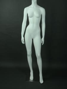 美亞展示新款時尚模特