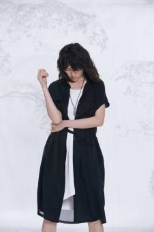 述忘女装2017夏新品黑色外套