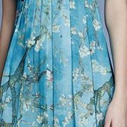 SUSSI古色新品致敬艺术 盛开于裙装上的希望之花