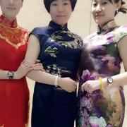 水润天青 旗袍彰显女性之美