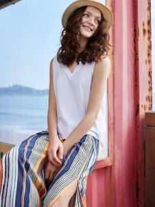 伊布都17夏新款条纹开叉裙