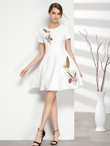 彤欣格女装2017新款印花白色连衣裙