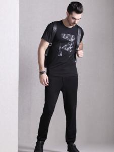 巴鲁特17夏新款黑色印花T恤