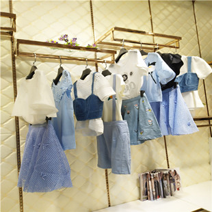 曼娅奴品牌服装尾货批发尾货市场 品牌折扣女装批发