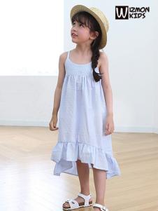 蓝角兽2017新款吊带纯色连衣裙