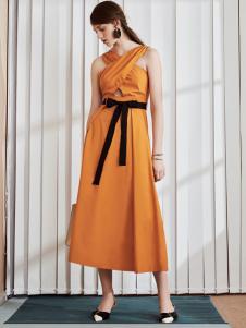 奥伦提17夏新款个性连衣裙