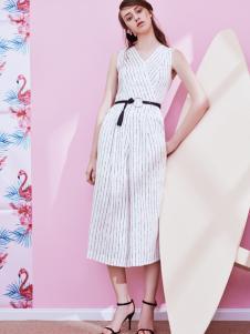 奥伦提17夏新款唯美连衣裙