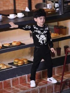 酷小孩童装男童印花卫衣
