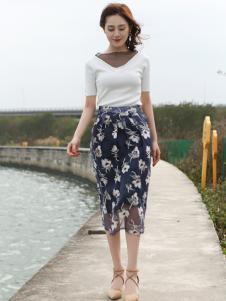 Kaernuo卡尔诺女装新款印花包臀裙
