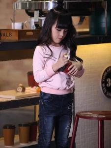 酷小孩童装粉色卫衣T恤