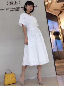 枺上女装2017春夏新品白色连衣裙