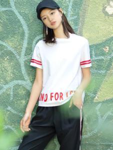 普普风女装2017新品字母印花T恤