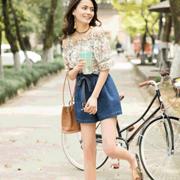 三彩时尚分享 我的夏天,是在衣裙的褶皱里找到的
