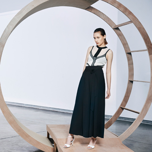 ANOTHER ONE时尚品牌女装 火爆招商 !独立、自信、时尚、优雅
