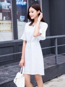 音非2017夏新款白色修身连衣裙