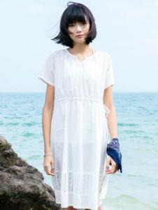 布卡拉女装UKHARA 布卡拉新款白色系带连衣裙