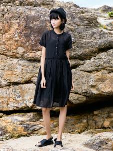 UKHARA 布卡拉黑色连衣裙