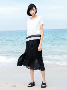 UKHARA 布卡拉新款半身裙