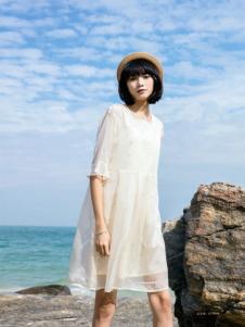 布卡拉女装UKHARA 布卡拉新款雪纺连衣裙