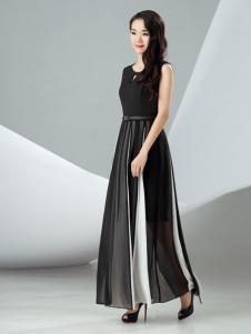 迪丝爱黑白撞色连衣裙