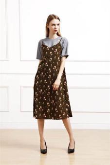娅美悉2017新品印花吊带连衣裙