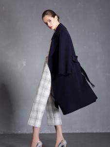 玛歌玛俐呢大衣