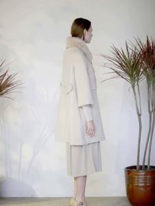 格纶雅女装白大衣
