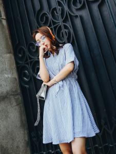 酷芭芭kbb新款条纹连衣裙