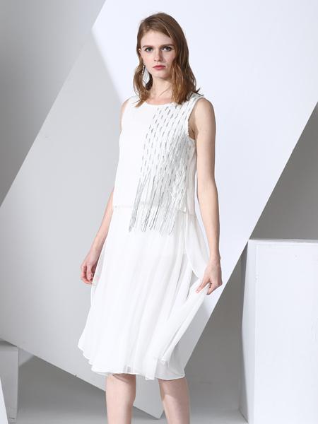 凯伦诗2017春夏新款白色连衣裙