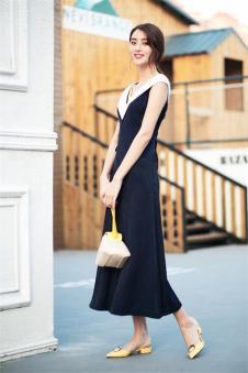 唯一2017夏季新品无袖长裙 款号287636