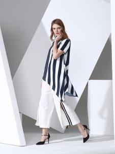 凯伦诗2017春夏新款条纹短袖上衣