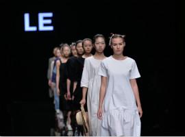 2017江南国际时装周|LE&丝闰:诠释自然纯粹的生活方式