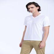 希特男装新品 一款V领T展现的男人魅力