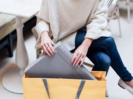 """网购""""开箱""""环节最令人兴奋 有想过包装盒会带来不良影响吗?"""
