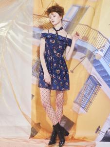 马克华菲女士连衣裙