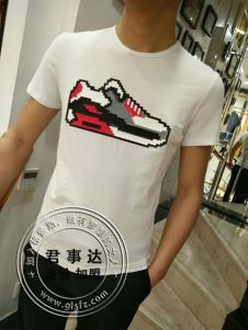 欧森朗新款短袖鞋子花纹T恤