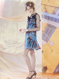 马克华菲女士新款连衣裙