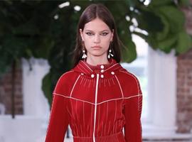 华伦天奴 (Valentino) 2018早春度假女装秀发布