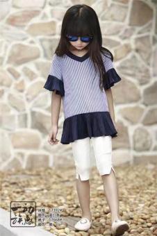 贝贝依依童装女黑色短袖