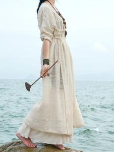 衣肖秀新款中长袖连衣裙
