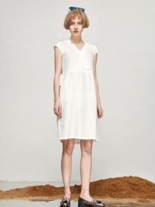 丽芮17时尚新款白色连衣裙